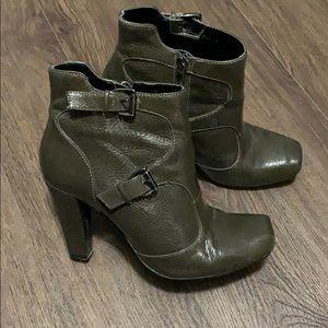 Size 7 Aldo high heel boots